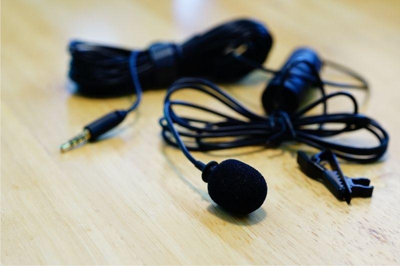 mic laptop untuk zoom
